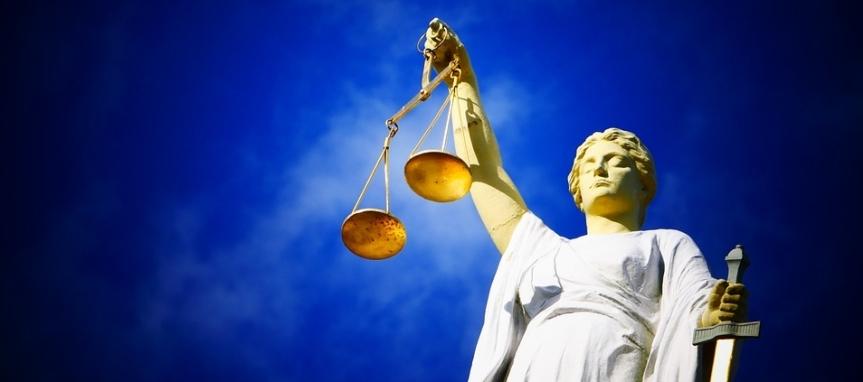 justice-2071539_960_7202