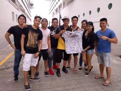 Cruise Crew B